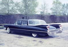Cadillac Custom 1959 Fleetwood Limousine for Queen Elizabeth II Chevy, Chevrolet, Canada Summer, Cool Old Cars, 1959 Cadillac, Flower Car, Cadillac Fleetwood, Us Cars, Buick