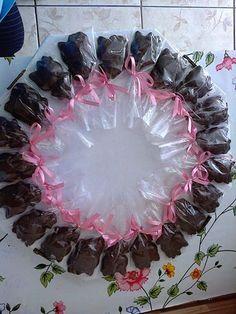 Pirulitos de Chocolate da Hello Kity para Aniversário Infantil