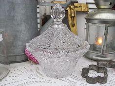 Vintage Dosen - Kristalldose Plätzchendose Bonboniere shabby chic - ein Designerstück von artdecoundso bei DaWanda