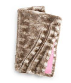 Fake fur blanket