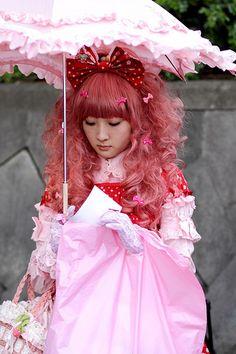 Harajuku Girl with umbrella II Harajuku Japan, Harajuku Girls, Harajuku Fashion, Kawaii Fashion, Lolita Fashion, Pop Fashion, Asian Fashion, Cute Costumes, Japanese Street Fashion