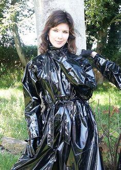 Raincoats For Women London Black Raincoat, Mens Raincoat, Pvc Raincoat, Plastic Raincoat, Imper Pvc, Pvc Apron, Black Mac, Vinyl Raincoat, Rubber Raincoats