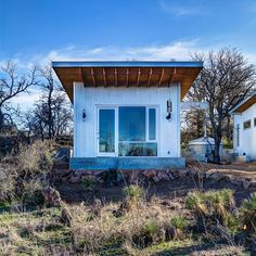 Four couples create a rustic cabin compound on a communal plot near the Llano River Tyni House, Tiny House Living, Small Modern Cabin, Modern Cabins, Small Cabins, Location Chalet, Tiny House Community, Casas Containers, Building A Tiny House
