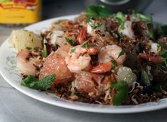 Delicious & fast Thai Pomelo Salad With Shrimp and Coconut