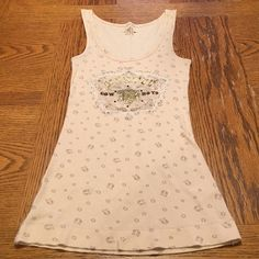 "⭐️Cowgirl Tank⭐️ Very cute tank that says "" wanted Cowboys"" great condition SO Tops Tank Tops"