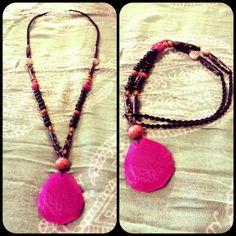 Collar largo de ágata rosa. por Adrinka en Etsy, €21.95 Collar, Beaded Necklace, Etsy, Jewelry, Fashion, Jewels, Beaded Collar, Moda, Jewlery