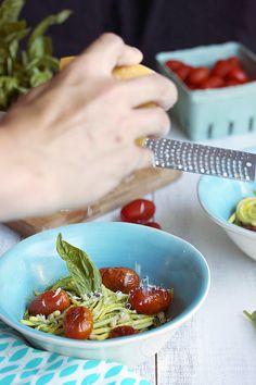 Raw Zucchini Noodles with Basil Vinaigrette // lynseylovesfood