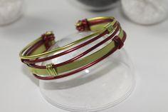 Bracelet fil aluminium vert et bronze : Bracelet par la-p-tite-echoppe