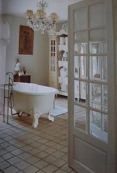 Romantic bathroom | DESDE MY VENTANA