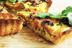 Kantarellpai med parmesanfyll - Just another food story Lasagna, Quiche, Food To Make, Yummy Food, Breakfast, Ethnic Recipes, Pai, Morning Coffee, Delicious Food