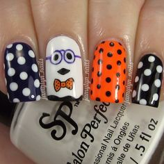 Nails of the day: Geeky ghost