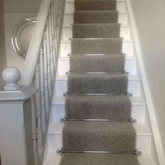 Ruthless Stair Runner Carpet Diy Stairways Strategies Exploited Fresh 23 Escaleras pintadas bonitas Ideas para inspirar su hogar Alfombra gris by areyman Grey Stair Carpet, Carpet Diy, Carpet Staircase, Staircase Runner, Carpet Stair Treads, Carpet Ideas, Stairs With Carpet Runner, Stair Runners, Cheap Carpet