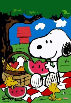 Watermelon season is my most favorite time of the year! Looks like it's Snoopy's too.
