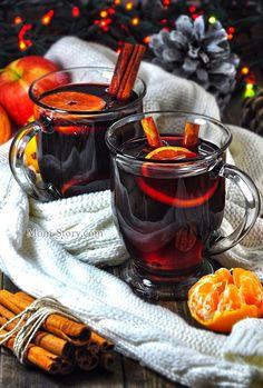 How to make mulled wine. Afternoon Tea, Café Chocolate, Tasty, Yummy Food, Vegan Cake, Mini Desserts, Tea Recipes, Wine Recipes, Autumn Home