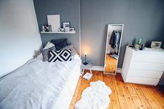 Hübsches Zimmer in Hamburg:1 nices Zimmer, möbliert, 12 qm - WG Zimmer in Hamburg-Eimsbüttel #WGZimmer #Hamburg #Eimsbüttel