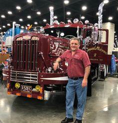 Vintage Trucks Jerry Howard's 1956 Autocar has a long heritage Show Trucks, Big Rig Trucks, Dodge Trucks, Old Trucks, Custom Big Rigs, Custom Trucks, Classic Chevy Trucks, Classic Cars, White Truck