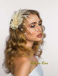 Ivory Bridal Fascinator, Bridal headpiece, Bridal hat.