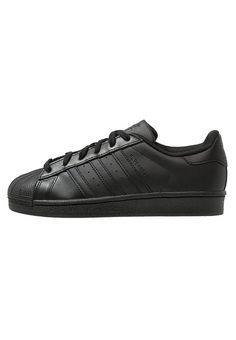 Chaussures adidas Originals SUPERSTAR FOUNDATION - Baskets basses - core black noir: 99,95 € chez Zalando (au 25/04/17). Livraison et retours gratuits et service client gratuit au 0800 915 207.
