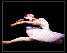Swan Lake Ballet Dancer by Jiayin Ma Ballet Tutu, Ballet Dancers, Ballet Skirt, Ballet Tattoos, Swan Lake Ballet, Ballet Photography, Photography Ideas, Dancing Baby, Dance Like No One Is Watching