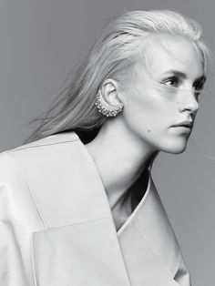 Julia Frauche By Nagi Sakai For Vogue Mexico January 2015 #earcuff