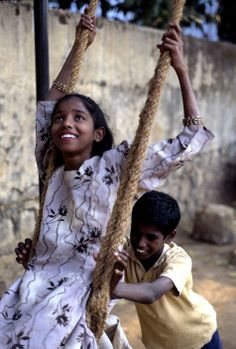 INDIA. Bombay (1998) - Steve McCurry More