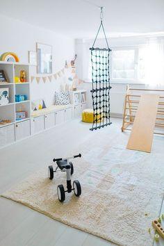 Anzeige// Unser Spielzimmer und 6 Dinge, die jeden Raum im Handumdrehen dazu machen plus Ikea Hack f Playroom Design, Playroom Decor, Kids Room Design, Modern Playroom, Nursery Design, Kids Bedroom, Bedroom Decor, Game Room Kids, Game Rooms