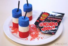 July 4th cakelets that explode in your mouth.  Too cute!