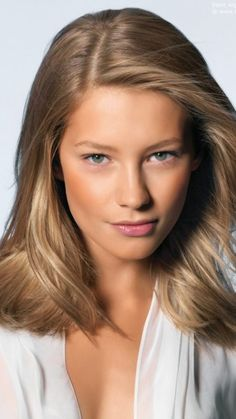 NUDE HAIR COLOR  Unlike many warm tones of blonde including honey, golden and sun-kissed, nude is a combination of several neutral blonde shades, which provide with the desired stunning results.