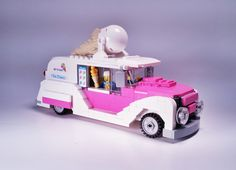 Remodeled Ice Cream Machine. I like that classic look. For all my builds I only use pieces I already have, I have never ordered pieces through pick a brick or bricklink. Hopefully that will change soon! | by Bruce Quillis