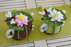 Water Lily & Dragonfly Tea Cozy Knitting pattern by T Bee Cosy