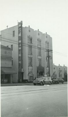 1944 Max Factor Salon On Highland Ave. In Hollywood