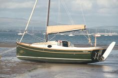 Wooden Boat Building, Boat Building Plans, Sailing Catamaran, Yacht Boat, Duck Boat Blind, Small Yachts, Model Boat Plans, Small Sailboats, Plywood Boat Plans