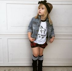 Love this look for a little girl #kidsfashion #kidsootd #microfashion #taylorjoelle