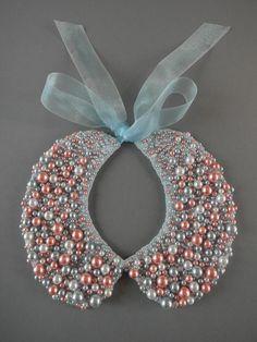 Handmade Peter Pan pearl collar necklace от ilvakampare на Etsy