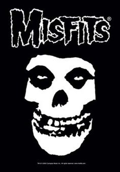 This Misfits Fiend Skull Fabric Poster is the perfect addition for any Misfit fan's collection. 30 x 40