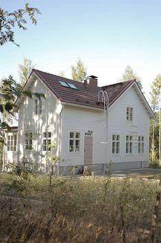 pömpeli pompeli finnish traditional white log house country home scandinavian timmerhus