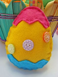 Felt Easter Egg - Simple sewing pattern that doubles as a fabulous Easter craft.