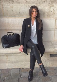 Ootd: tregging et chemise Coat Shoes ❤️❤️❤️❤️ Winter Fashion Outfits, Autumn Winter Fashion, Outfit Winter, Business Makeup, Classy Outfits, Cute Outfits, Mode Ootd, Passion For Fashion, Mantel