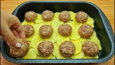 Carne, Sausage, Food And Drink, Meals, Ethnic Recipes, Youtube, Pink, Container Gardening, Meatball
