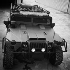 Checking out for willy\'s jeep, or jeep grand wagoneer, CLICK Visit link above to read Hummer H3, Hummer Cars, Hummer Truck, Jeep Truck, Pickup Trucks, Army Vehicles, Armored Vehicles, Badass Jeep, Bug Out Vehicle