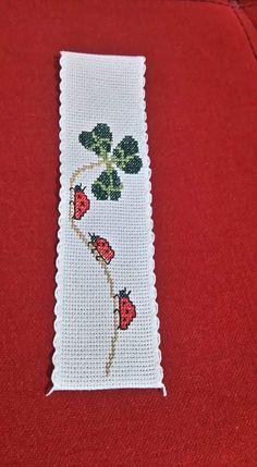 123 Cross Stitch, Cross Stitch Fruit, Cross Stitch Books, Cross Stitch Bookmarks, Cross Stitch Flowers, Cross Stitch Charts, Cross Stitch Designs, Cross Stitch Patterns, Plastic Canvas Crafts