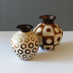 21-027 Chulucanas Peru Hexagon Dot Vase - Ray New York Dots Design, Ceramic Decor, Op Art, Dried Flowers, Peru, Pottery, Vase, Ceramics, Turkey