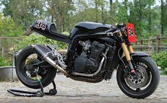 Suzuki GSX-R 1100 old school superbike