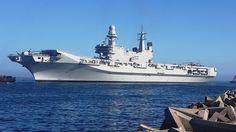 Italian Aircraft Carrier - Cavour - Cape Town Harbour 20140205_082949