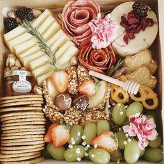 Charcuterie Gifts, Charcuterie Plate, Charcuterie Recipes, Charcuterie And Cheese Board, Cheese Platters, Food Platters, Tapas, Vegetarian Appetizers, Honey Butter
