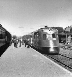 tren flecha al sur 1940´s, Chile. El diseño de la nariz de este tren es espectacular