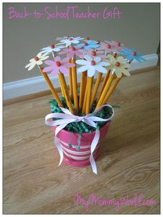 Pencil flowers. Made for teacher appreciation. I had stiff felt and used that instead. Used colored pencils and had my daughter paint the pot. Turned out cute.
