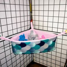 Fleece Corner Basket w/ Pom-Poms - Choose your own colors! Great for Sugar Gliders, Rats, Ferrets, Hedgehogs, Guinea Pigs & other pets. Teddy Hamster, Ferret Toys, Ferret Cage, Pet Ferret, Pet Rats, Budgie Toys, Chinchilla Cage, Sugar Glider Pet, Sugar Glider Cage