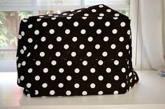 Sewing Machine Cover Tutorial--very detailed instructions and lots of photos!