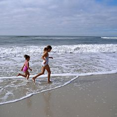 With warm temps throughout the year, this six-mile stretch of sand along Alabama's Gulf coast remains the perfect spot to take a dip or lay out in the sun, even in the autumn months. Other draws include the 45th annual National Shrimp Festival from Octobe